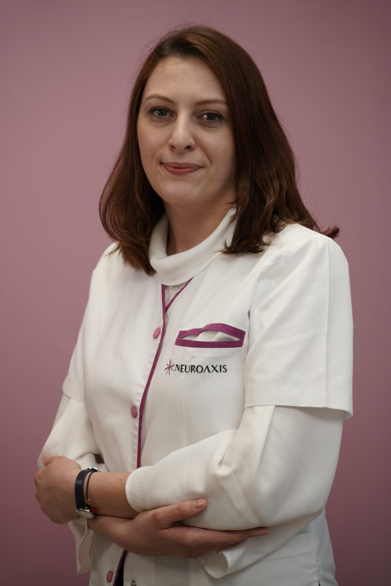 Dr. Dr. Oana Obrisca